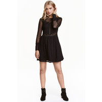 H&M Koronkowa sukienka 0417728003 Czarny