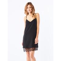 Mohito Zmysłowa sukienka z ozdobnym sznurowaniem PY271-99X