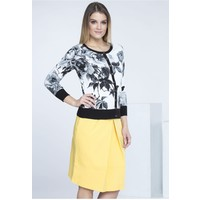 Monnari Romantyczny sweterek w kwiaty SWEIMP0-16J-SWE0240-KM00D500-R0S