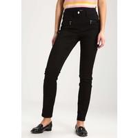 Wallis TINSELTOWN Spodnie materiałowe black WL521A01X