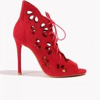 Badura Czerwone ażurowe szpilki peep-toe z zamszu 7601-69-916