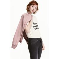 H&M T-shirt z motywem 0452894007 Naturalna biel