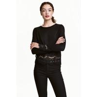 H&M Sweter z koronkowymi detalami 0454411008 Czarny