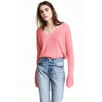 H&M Sweter z dekoltem w serek 0476472003 Różowy