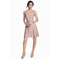 H&M Koronkowa sukienka w serek 0468246006 Jasnoróżowy