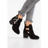 Topshop BLINDER CUTOUT Ankle boot black TP711N06V