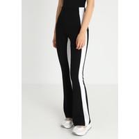 Topshop HALF/HALF FLARE Spodnie materiałowe black TP721A0I1