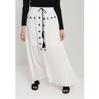 Glamorous Curve TASSEL MAXI SKIRT Długa spódnica white GLA21B00B