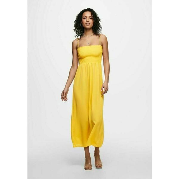 ONLY GESMOKTES Długa sukienka yellow, apricot ON321C1SJ